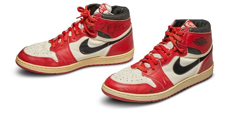 Michael Jordan'ın sneakerları bir rekora imza attı