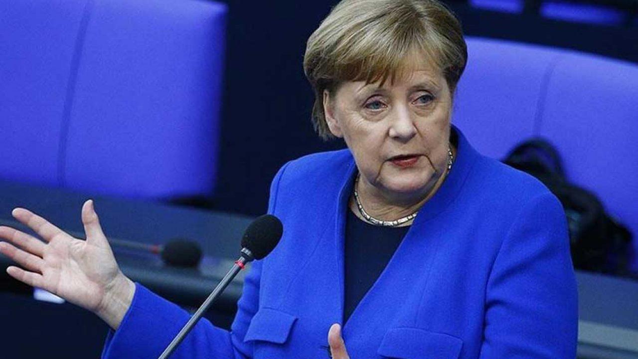 Merkel, Rusya'yı siber saldırıdan sorumlu tuttu