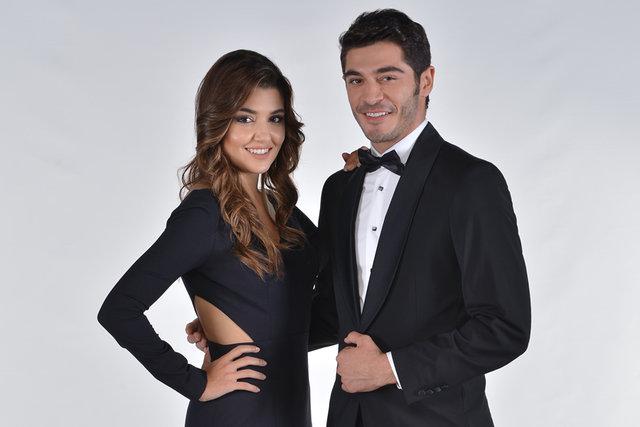 Aşk Laftan Anlamaz dizisinde başrol oynayan Burak Deniz ve Hande Erçel'in yeni dizi projesi