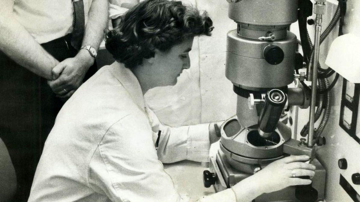 Koronavirüsü ilk kez 1964'te keşfeden bilim kadını