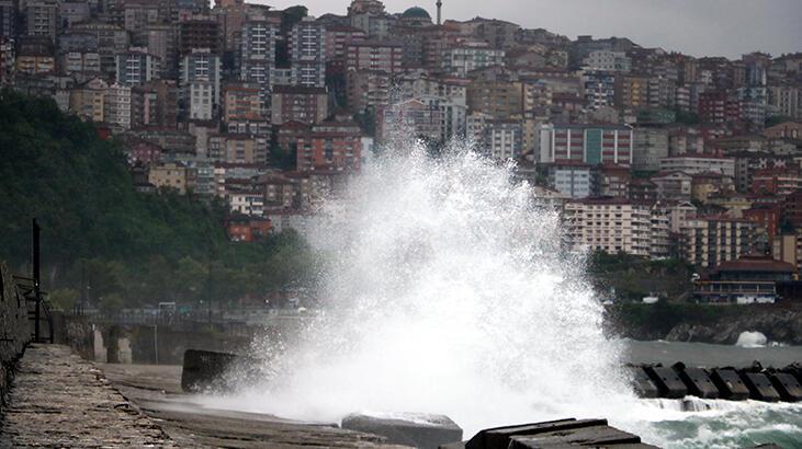 Zonguldak'ta olumsuz hava koşulları hayatı olusuz etkiledi