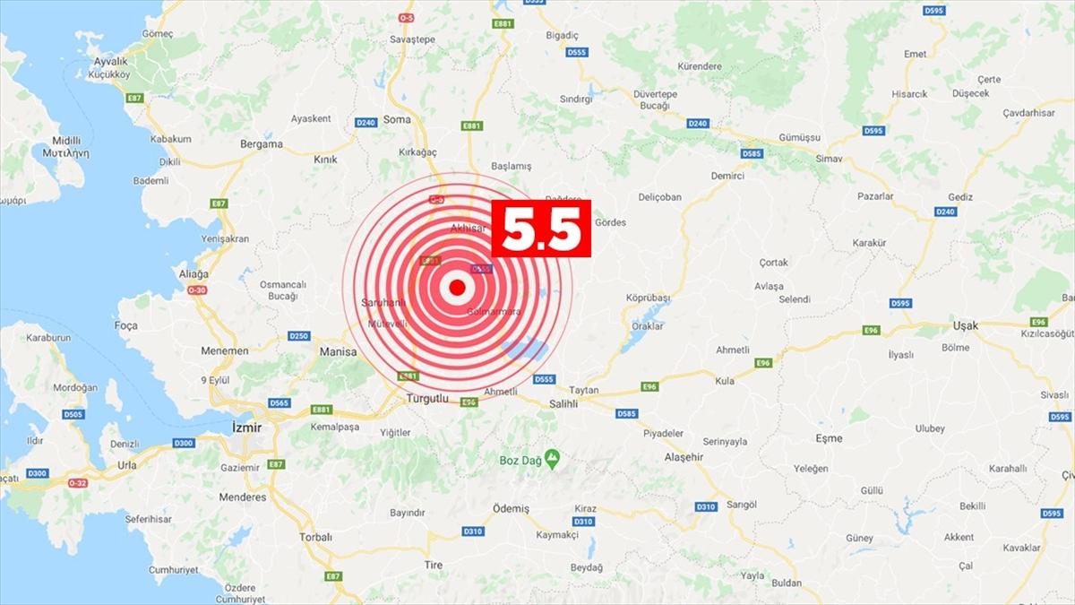 Manisa'da olan deprem geniş bir alanda hissedildi