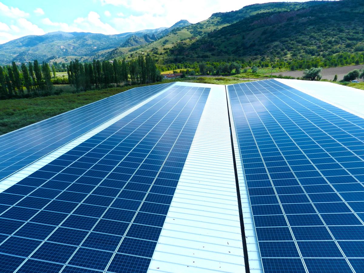 Güneş enerjisi üretim panelinde Türkiye'den dev adım