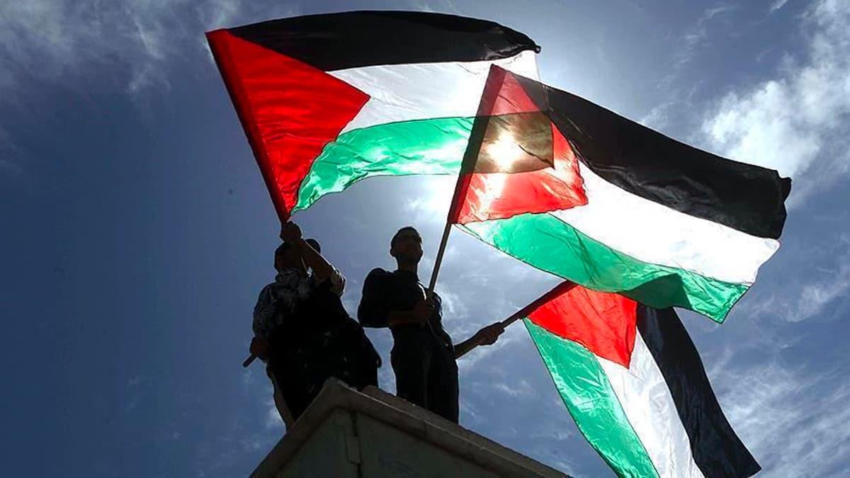 Arap halkları tek vücut oldu! Normalleşme oyununu  reddettiler!