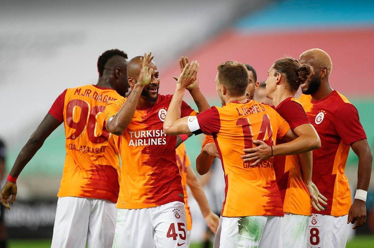 Temsilcimiz Galatasaray Hırvatistanlı Hajduk Split'i yenerek üst tura geçti!