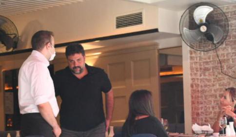 Evli Şafak Mahmutyazıcıoğlu ve Türkiye ünlüsü Ece Erken Nişantaşı'nda görüntülenince olay çıktı!