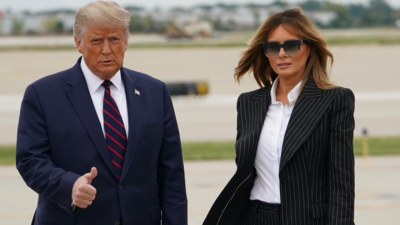 Trump'ın eski yardımcısı eşi Melanie'nin başkandan iğrendiğini söyledi!