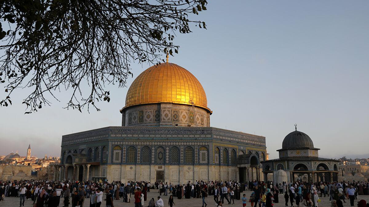 Birleşik Arap Emirlikleri Heyeti cemaati tarafından Mescid-i Aksa'dan kovuldu!
