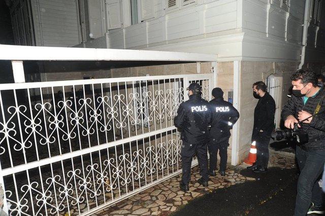 Sosyetik partiyi polis dağıttı!