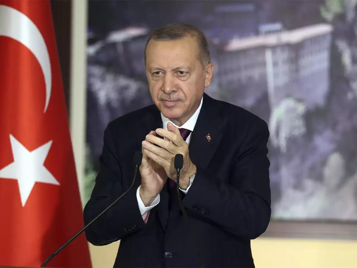 """Erdoğan Kılıçdaroğlu'na: """"Sus da adam sansınlar""""dedi"""