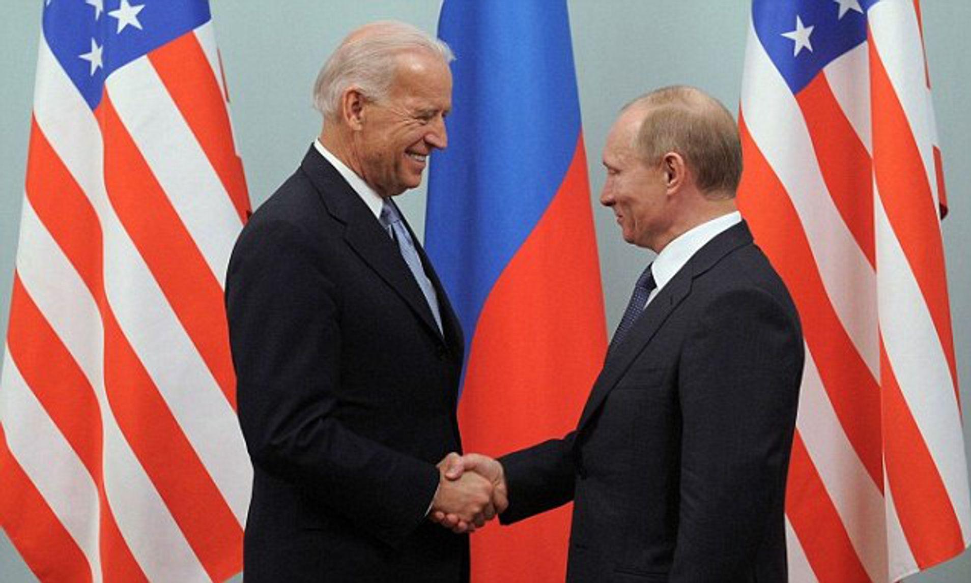 Putin'den Biden'e soğuk savaş!