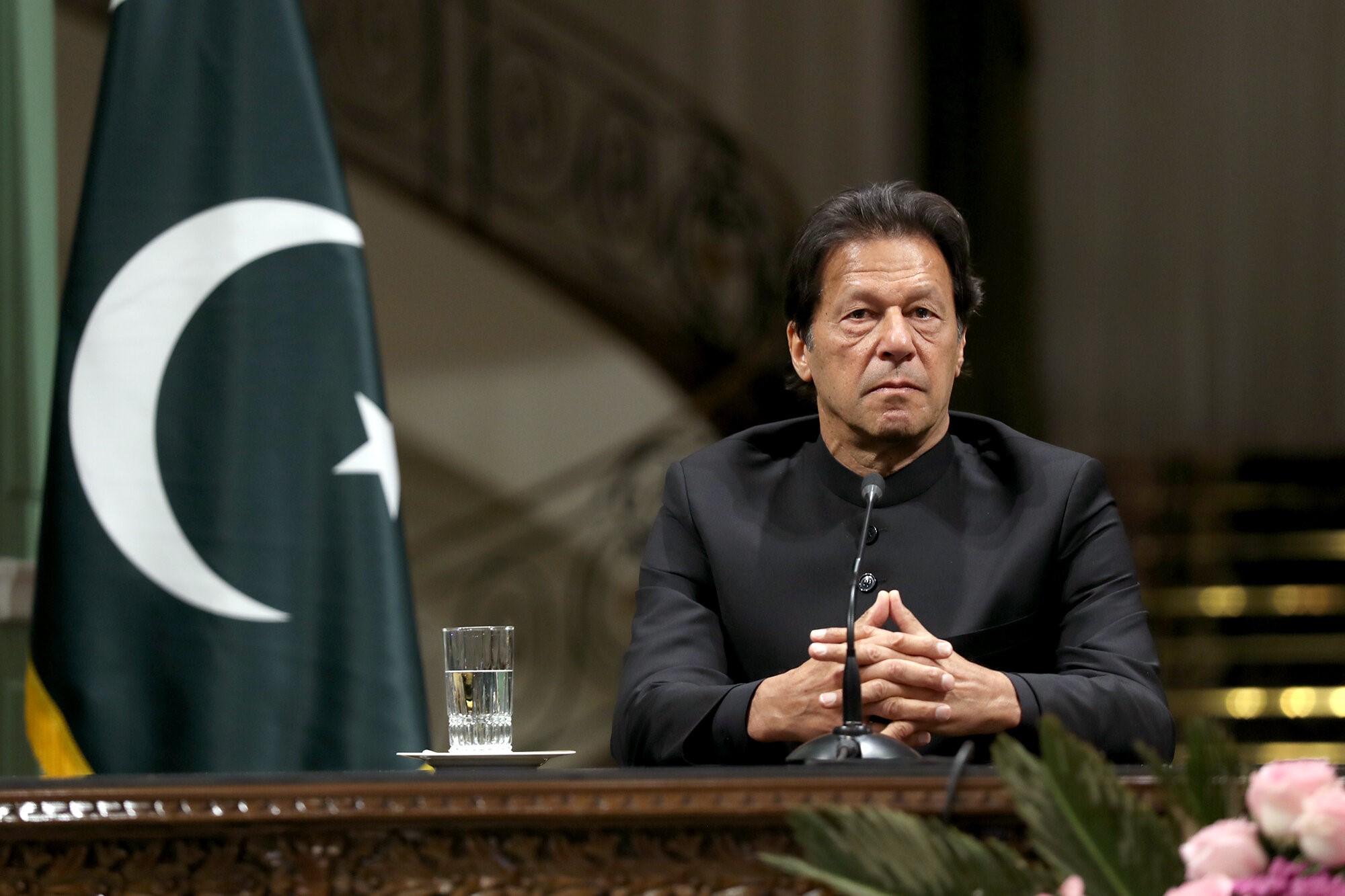 Pakistan Başbakanı tecavüzcünün hadım edilmesine hükmeden yasayı onayladı!
